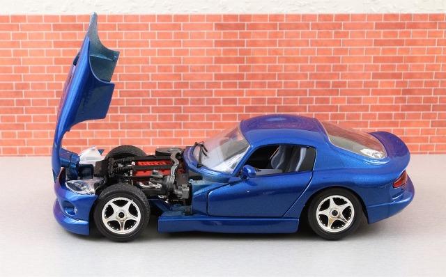 model-car-2060201_1280